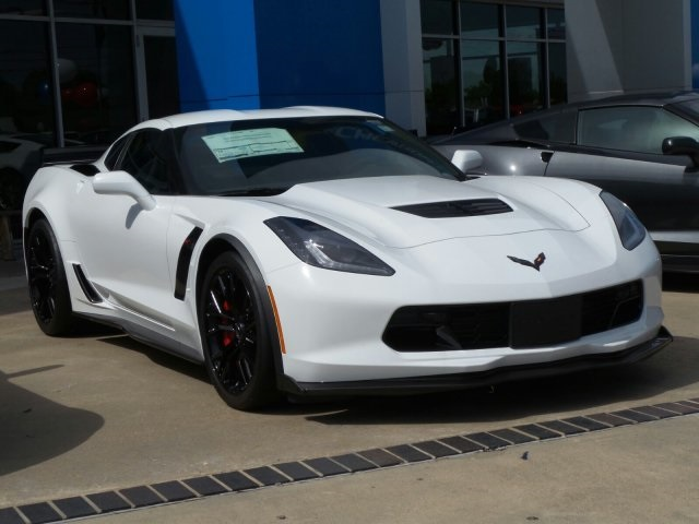 new 2018 chevrolet corvette z06 2d coupe in port lavaca 5600115