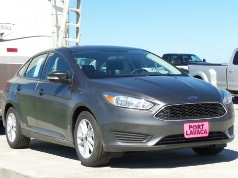 New 2018 Ford Focus SE FWD 4D Sedan