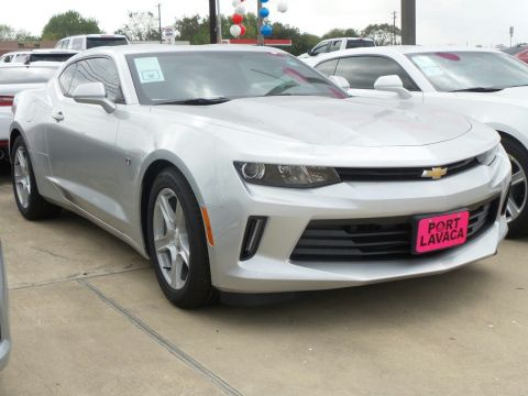 New 2017 Chevrolet Camaro 1LT RWD 2D Coupe