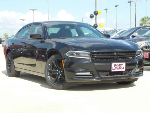 New 2017 Dodge Charger R/T RWD 4D Sedan