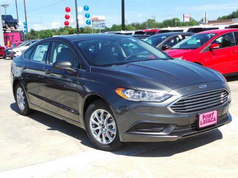 New 2018 Ford Fusion S FWD 4D Sedan